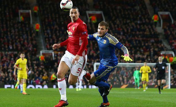 Jatkaako Zlatan Ibrahimovic Manchester Unitedin riveissä ensi kaudellakin?