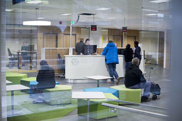 Uudenmaan Ely-keskuksen kuntien alueella oli helmikuun lopussa 1,1 prosenttia enemmän työttömiä työnhakijoita kuin vuotta aikaisemmin. Kuva Uudenmaan TE-toimistosta vuonna 2014.