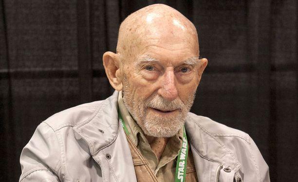 Erik Bauersfeld antoi äänensä Star Wars -elokuvien avaruusoliolle.