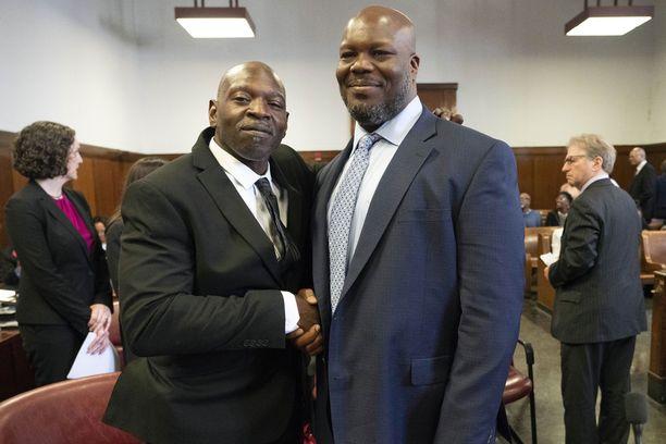 VanDyke Perry ja Gregory Counts saivat tuomionsa kumottua.