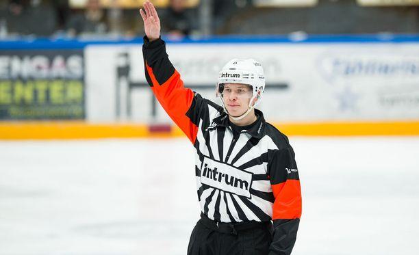 Mikko Kaukokarilla ei ollut onnistunut ilta neljännessä finaalissa Tampereella maanantaina. Arkistokuva.