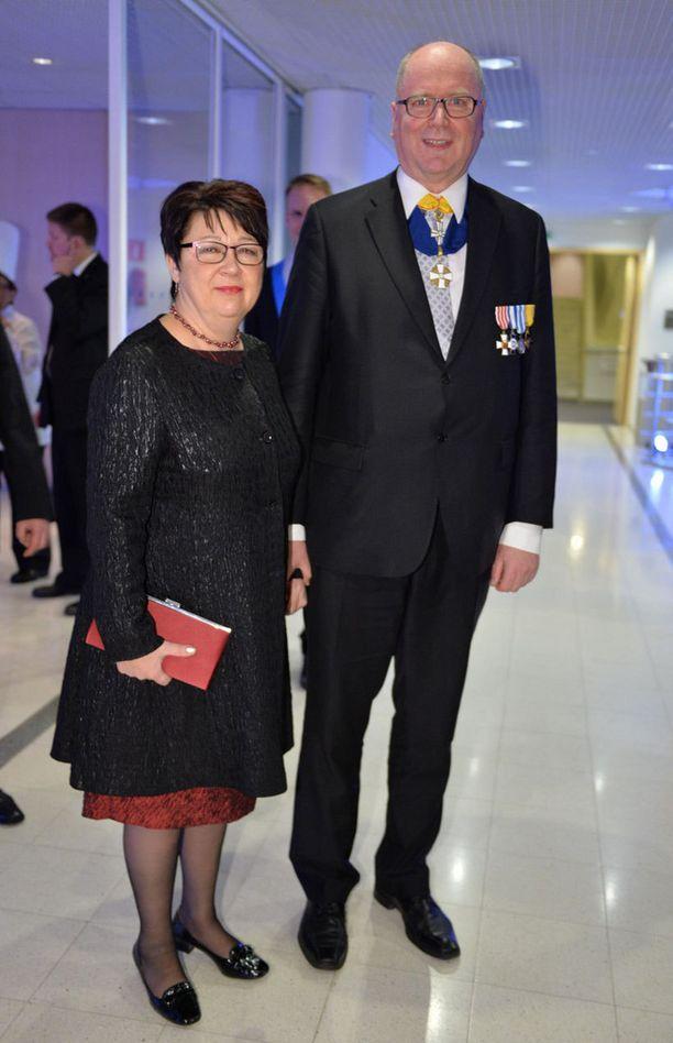 Pari juhli yhdessä itsenäisyyspäivän juhlassa Tampere-talossa joulukuussa 2013.