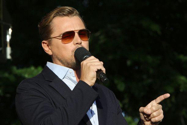 Myös näyttelijä Leonardo DiCaprio nähtiin mikin varressa.