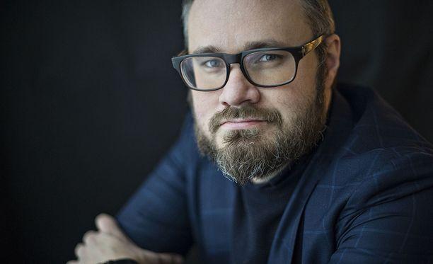 Tuomas Enbuske on Iltalehden kolumnisti.