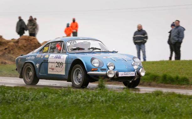 Alpine A110 voitti autonvalmistajien tittelin rallin MM-sarjassa 1973.