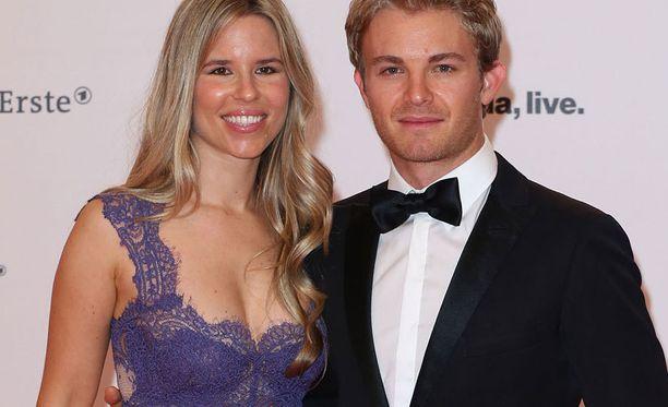 Nico Rosbergilla ja Vivian Siboldilla on takanaan pitkä yhteinen taival.