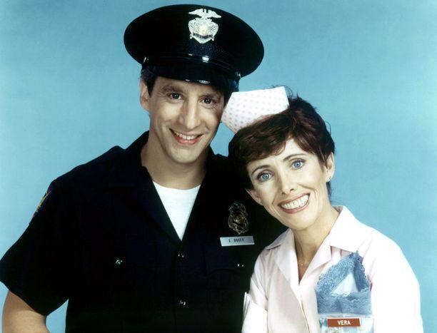 Charles Levin näytteli Alice-sarjassa 1983–1985. Kuvassa myös Beth Howland.