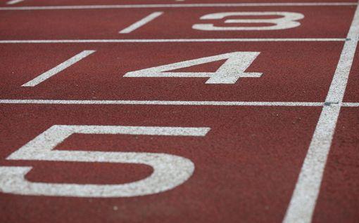 """Sari Essayahin 32 vuotta vanha ennätys pamahti lauantaina rikki – tuore ennätysnainen: """"Tuntuuhan tämä aika ihmeelliseltä"""""""