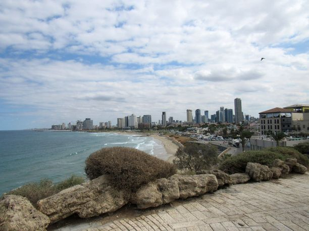 Tel Aviv on kaupunki, joka ei nuku koskaan. Finnair lentää Tel Aviviin syksyllä kolmesti viikossa ja Eilatiin kerran viikossa.
