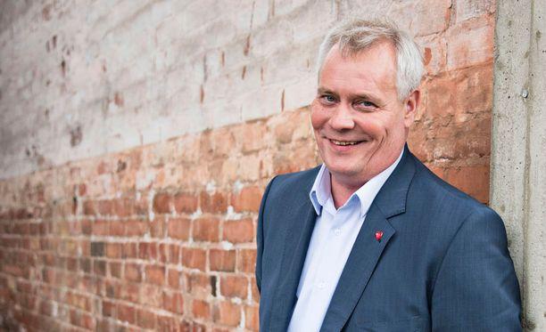 Antti Rinne on valmis yhteistyöhön kokoomuksen kanssa, kun puolueen puheenjohtaja vaihtui Alexander Stubbista Petteri Orpoon.
