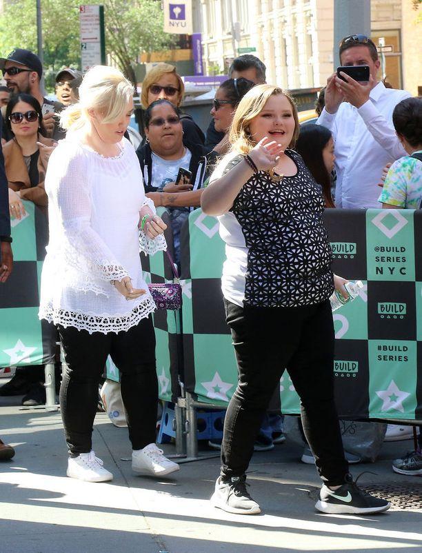 Honey Boo Boo tuli tunnetuksi Toddlers & Tiaras - ohjelman myötä vuonna 2012.