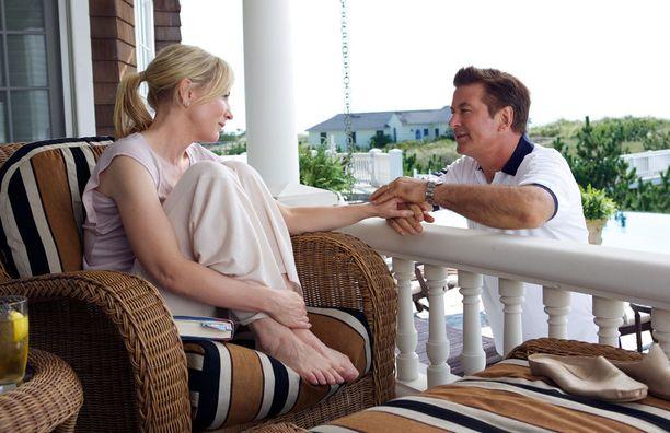 Jasminen petollista aviomiestä esittää muistakin Allenin ohjauksista tuttu Alec Baldwin.