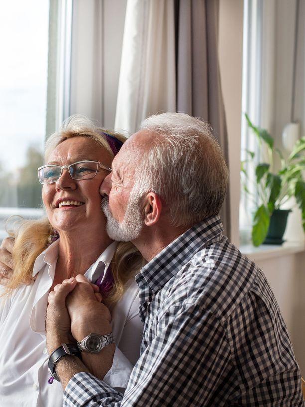 Voit löytää uuden tai vanhan rakkauden kypsässä iässä.