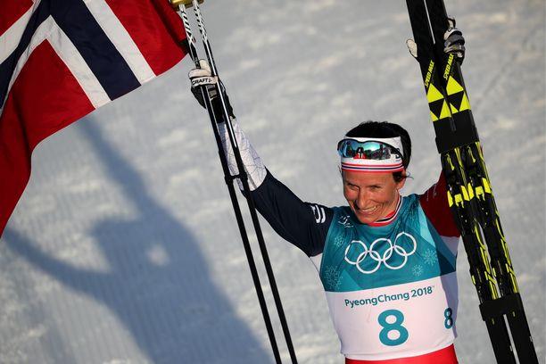Marit Björgen hiihti itävaltalaistallin suksilla.