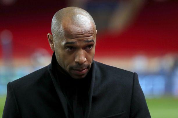 Thierry Henrylle povataan potkuja.
