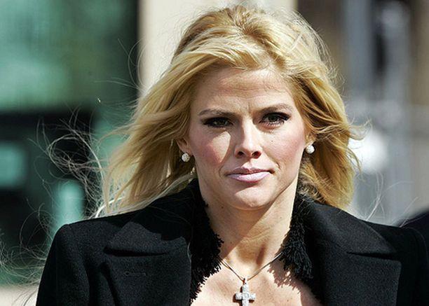 Anna Nicole Smithin puolivuotiaan Dannielynn-vauvan biologinen isä on yhä arvoitus.