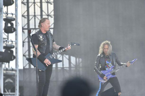 Metallica yllätti eilen Hämeenlinnassa.
