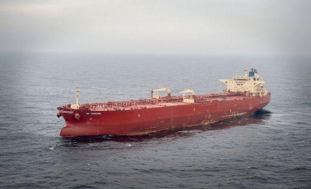 NS Concord -alus on pysytellyt Ruotsin edustalla jo lokakuun 3. päivästä alkaen.