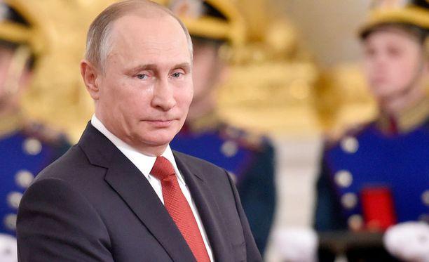 Presidentti Putin luovutti Venäjän valtionpalkintoja ansioituneille kansalaisille maanantaina Kremlissä, Moskovassa.