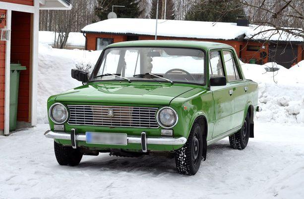 Minttu Koposen Lada (malli 1200) on vuodelta 1974.