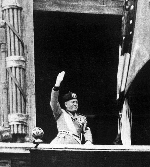 Benito Mussolini hallitsi Italiaa rautaisella kouralla.