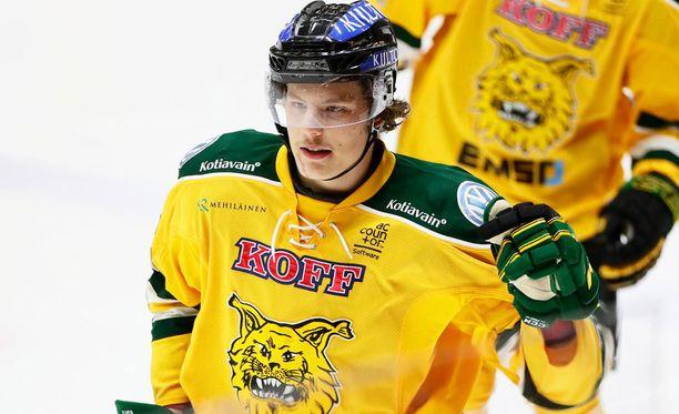 Ilveksen lahjakas hyökkääjä Otto Koivula kuritti HIFK:ta kahdella maalilla.