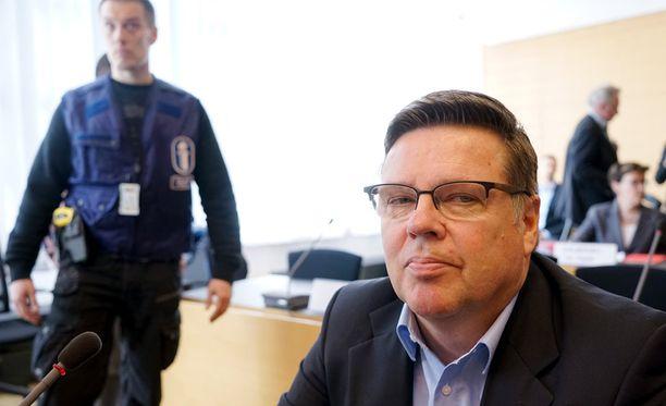 Syyttäjä uskoo Jari Aarnion olevan poliisin etsimä Pasilan mies.