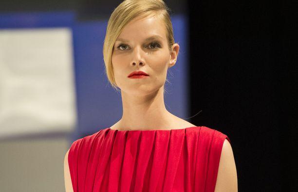 Riggs on työskennellyt esimerkiksi Fendille, Versacelle ja Christian Diorille.
