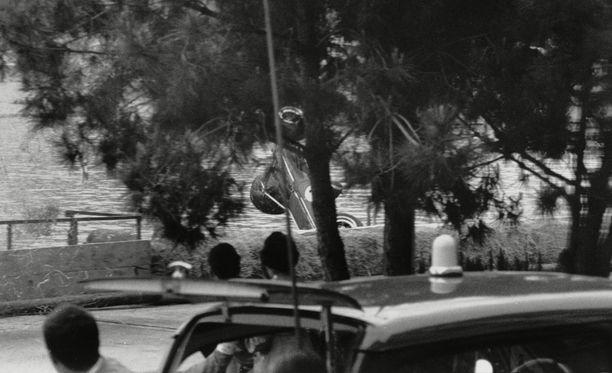 Paul Hawkins sukelsi tunnelin jälkeen suoraan mereen Monacon GP:ssä vuonna 1965. Hän selvisi ilman vammoja.
