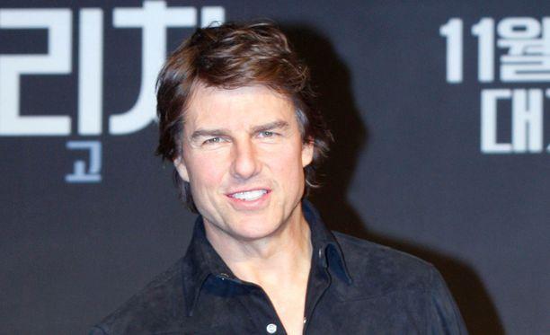 Tom Cruise kuvaa uutta elokuvaansa Pariisissa.