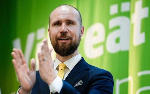 Vihreiden puheenjohtaja Touko Aalto kertoi Iltalehdelle maanantaina suhtautuvansa kriittisesti Maahanmuuttoviraston maa-arvioihin. Esimerkiksi Afganistan on tällä hetkellä Aallon mukaan yksi maailman vaarallisimmista maista.