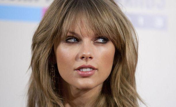 Taylor Swift on tunnettu yhdysvaltalaislaulaja.