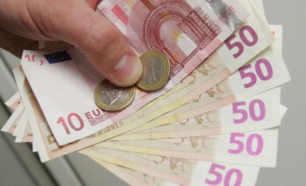 Euro on halventanut velanhoitoa.