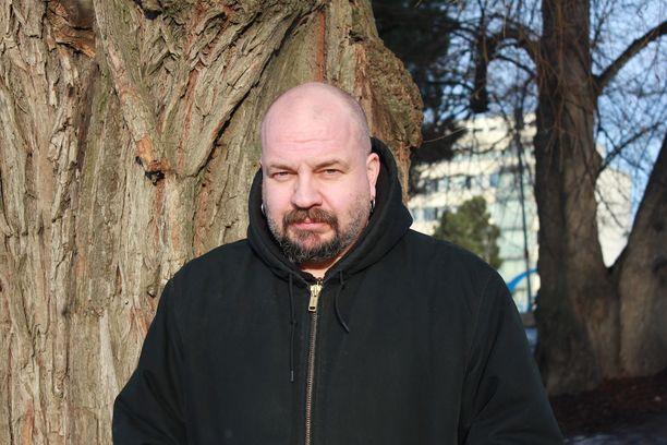 Timo Rautiainen on jälleen valmis johtamaan Trio Niskalaukauksen parrasvaloihin.