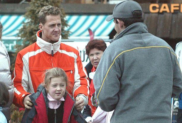 Michael Schumacher ja esikoistytär Gina kuvattuina vuonna 2004.