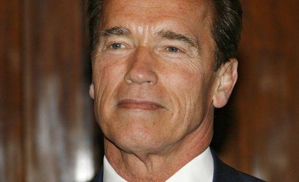 Arnold Schwarzenegger tehnee paluun valkokankaalle.