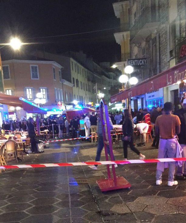Etelä-Ranskan Nizzassa sanaharkka johti starttipistoolin laukaukseen ja joukkopaniikkiin 30. huhtikuuta 2018.