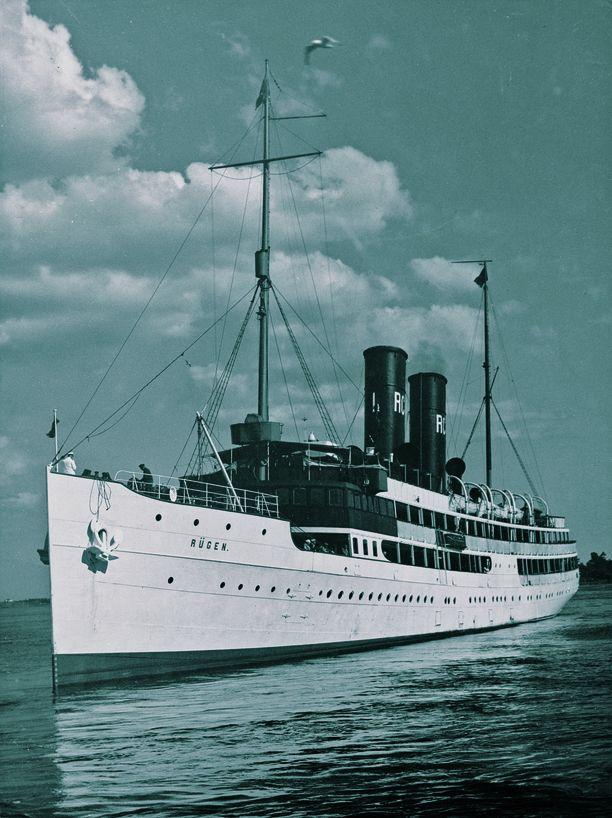 Saksalaisen RCG-yhtiön komea Rügen aloitti liikenteen Helsinki–Tallinna-Stettin-reitillä kesällä 1922.