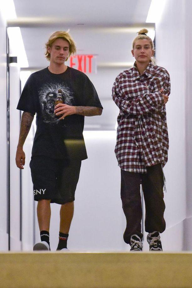 Tällaisessa kampauksessa Justin Bieber nähtiin vielä kesällä.