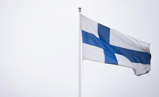 Uutissuomalaisen teettämän gallupin mukaan yli puolet suomalaisista on sitä mieltä, että sotavuodet eivät korostu itsenäisyyden juhlinnassa liikaa.