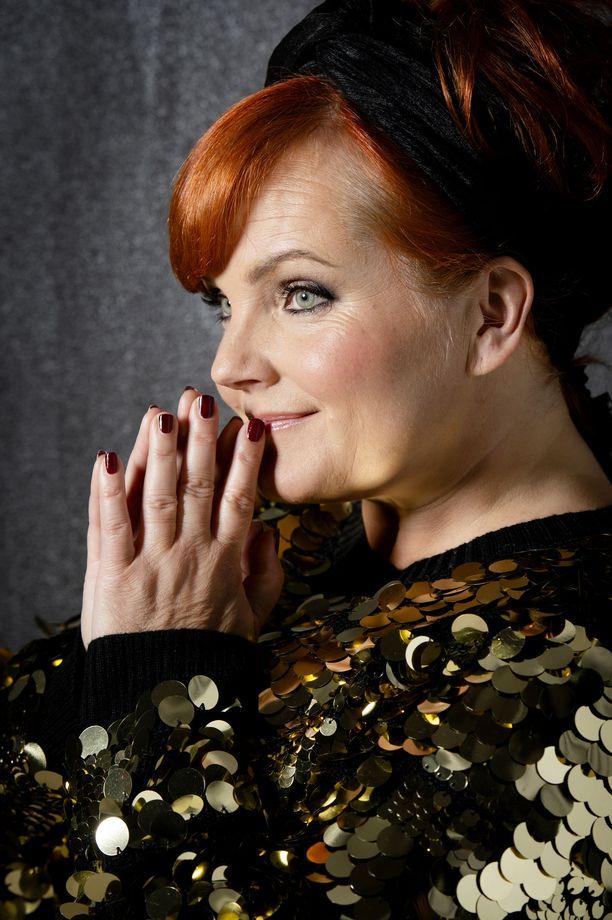 Nina Tapio esiintyi Hanna-Riikan kanssa viimeisen kerran yhdessä vuosi sitten syyskuussa laivakeikalla.