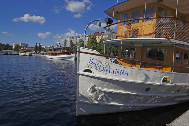 Sisävesiristeilyt Suomen järvillä kuuluvat kesään. Perinteisen väline sellaiselle on höyrylaiva.