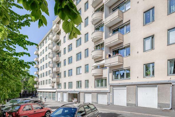 Asuntojen hinnat ovat nousseet Helsingissä voimakkaasti viime vuosina. Arkistokuvassa vuodelta 2020 asunto-osakeyhtiö Bulevardia Helsingin Sinebrychoffinkadulla.