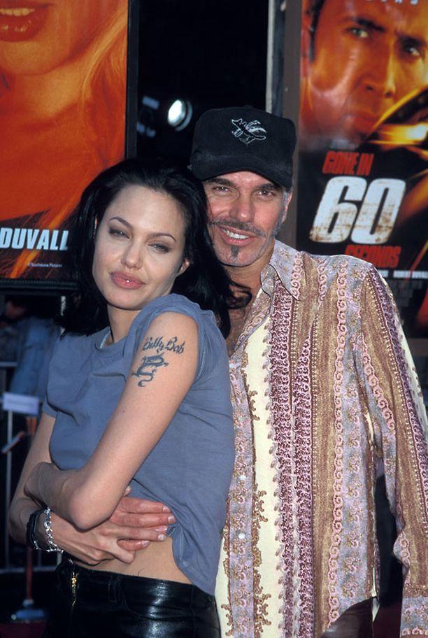 Angelina Jolie oli 2000-luvun alussa naimisissa Billy Bob Thorntonin kanssa.