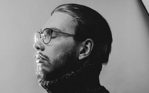 Laulaja Aleksanteri Hakaniemi katosi julkisuudesta, eivätkä tututkaan enää tunnista häntä – nyt hän kertoo miksi