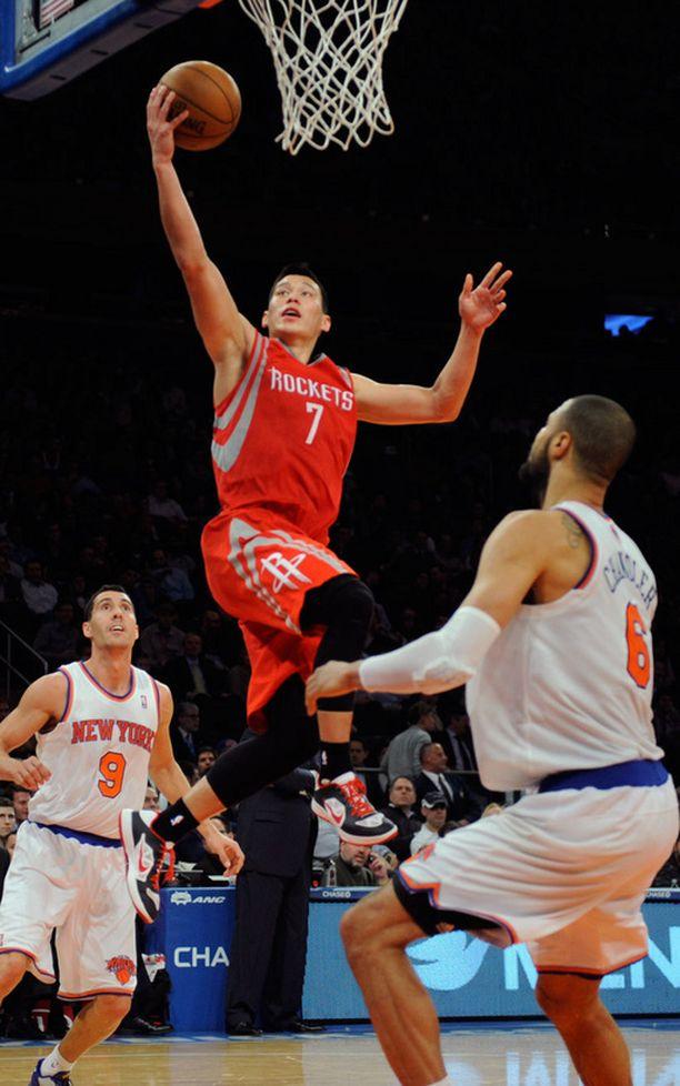 Jeremy Lin säkitti 22 pistettä.