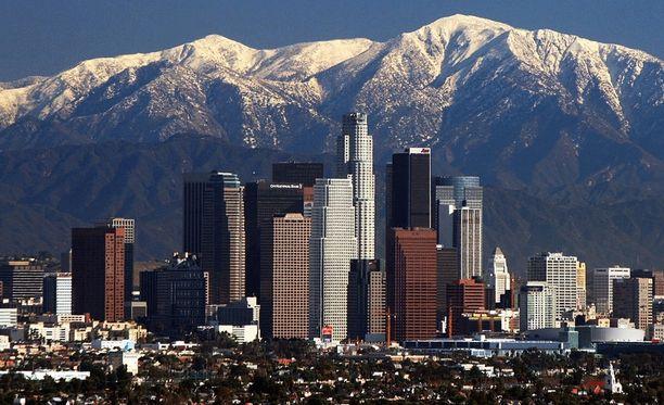 Vinkki pommiuhkasta Los Angelesiin saatiin ulkomailta.