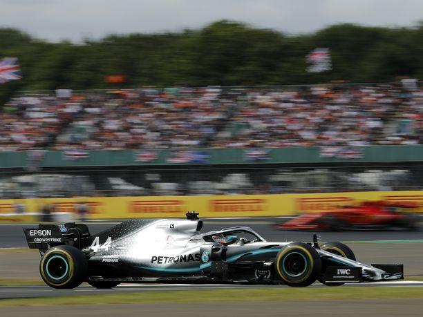 Lewis Hamilton saavutti kauden seitsemännen voittonsa.
