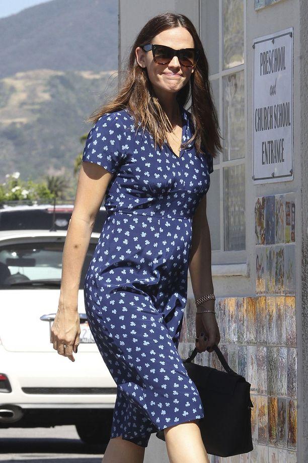 Jennifer Garnerin vatsanseutu on joutunut suurennuslasin alle.