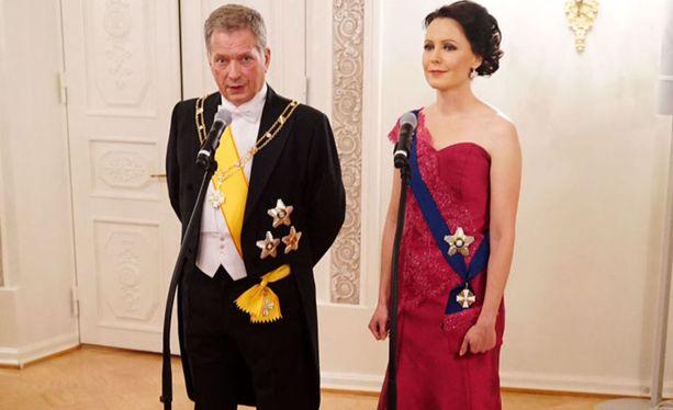 Tasavallan presidentti Sauli Niinistö ja rouva Jenni Haukio kuvattuna itsenäisyyspäivänä 2015.